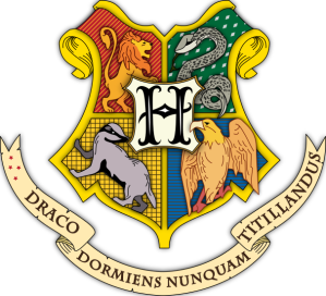 606px-Hogwarts_coat_of_arms_colored_with_shading